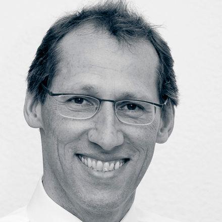 Dr. Thomas Zumstein